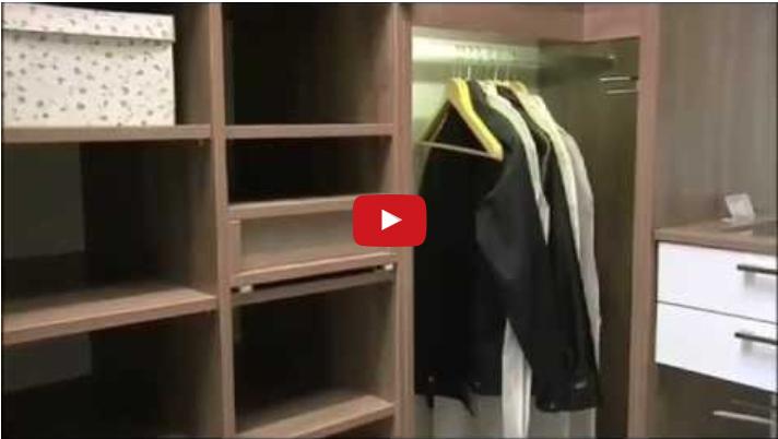 Giyinme Odasında Askılıklar Nasıl Olmalı?